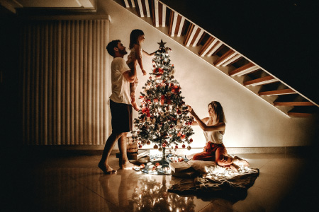 famille et arbre de Noel