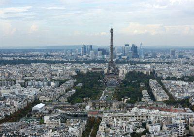 vue panoramique de Paris avec Tour Eiffel